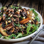 Mushroom salad with lentils and caramelized onions