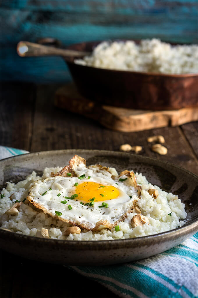 Cauliflower risotto - 3 ingredients and 5 minutes to make, this creamy risotto tastes better than the real deal, and is so much healthier. | www.viktoriastable.com