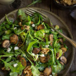 Mushroom and arugula salad {goat cheese and toasted walnuts}