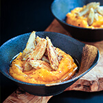 Sauteed garlic crab over acorn squash puree - buttery, slightly sweet and garlicky - this is a great fall appetizer recipe | www.viktoriastable.com