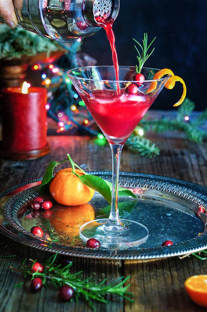 Cranberry rosemary citrus martini - Viktoria's Table