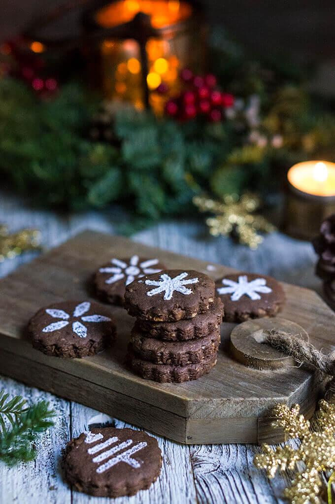 Mexican chocolate shortbread cookies - Viktoria's Table