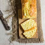 Feta cheese quick bread - fluffy, moist and buttery, this quick bread recipe is ideal for breakfast, snack or even dinner. | www.viktoriastble.com