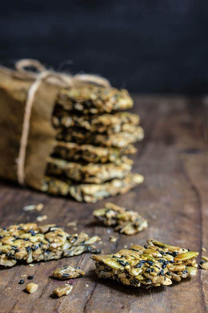 Savory sunflower seed bars - these crunchy, salty snack bars, are sugar-free, fluten-free, and totally addicting! | www.viktoriastable.com