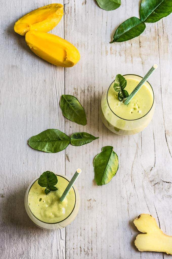 Coconut kaffir lime cooler - with its clean, refreshing taste, intriguing aroma, and a good amount of healthy fat, this smoothie is a great breakfast alternative on a hot morning. | www.viktoriastable.com