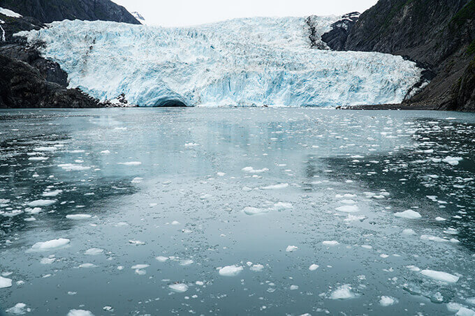 Into the wild Alaska - Holgate glacier, Kenai Fjords National Park | www.viktoriastable.com