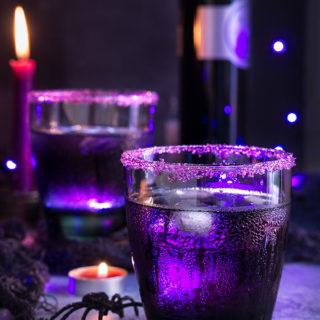Purple Moscow mule